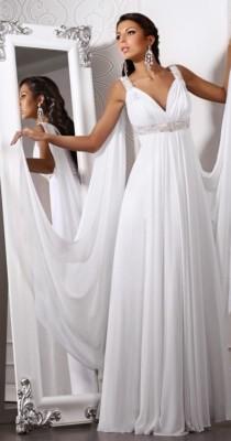 Платья в греческом стиле с глубоким декольте в форме буквы V