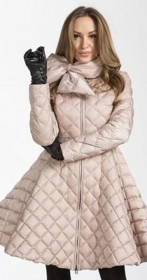 Zimnie_zhenskie_puhovye_palto_klesh_1