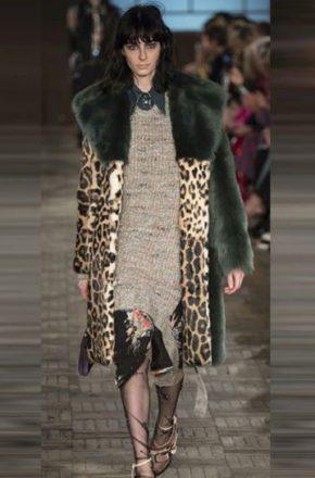 Большой выбор женских пальто-oversize в интернет-магазине